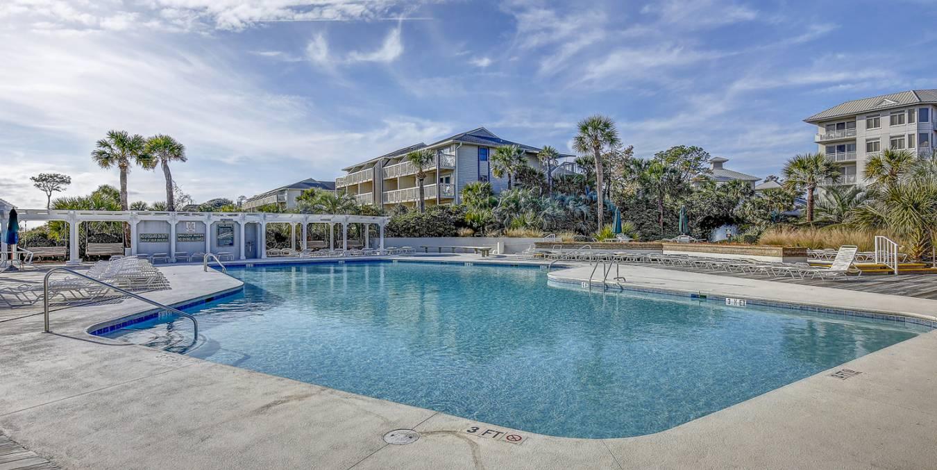 Oceanfront Pool 2